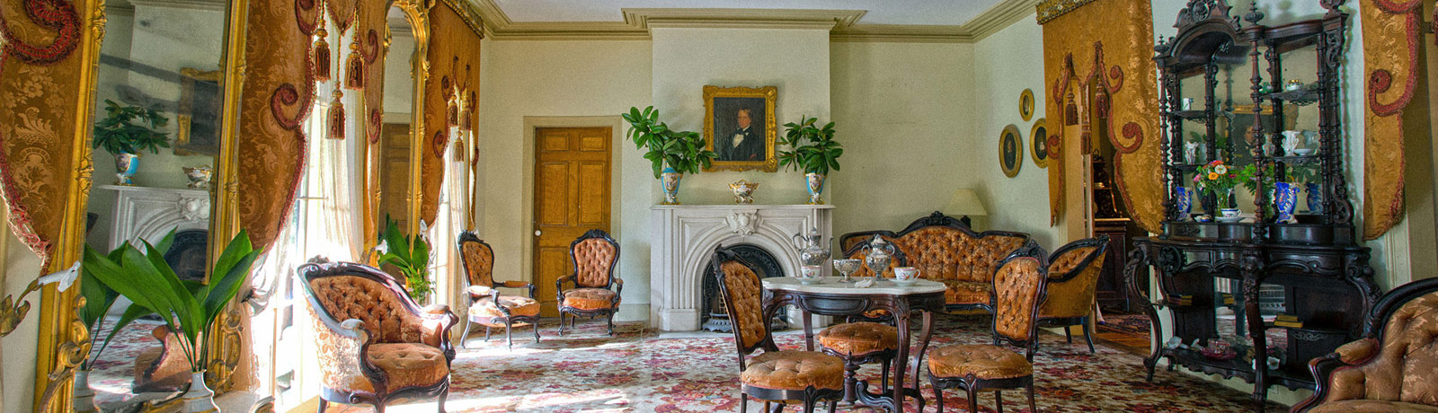 The permanent installation of antebellum furnishings honors all lives at Louisiana's Greenwood Plantation.