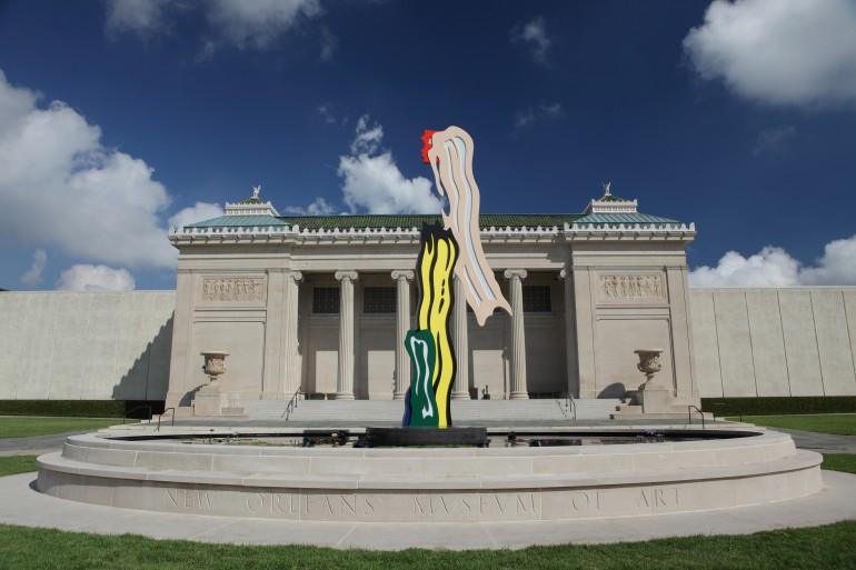 Front of NOMA Facade with Lichtenstein-Head On