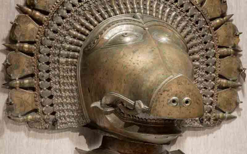 NEW INDIAN ART GALLERY INCLUDES RITUAL DANCE OBJECTS
