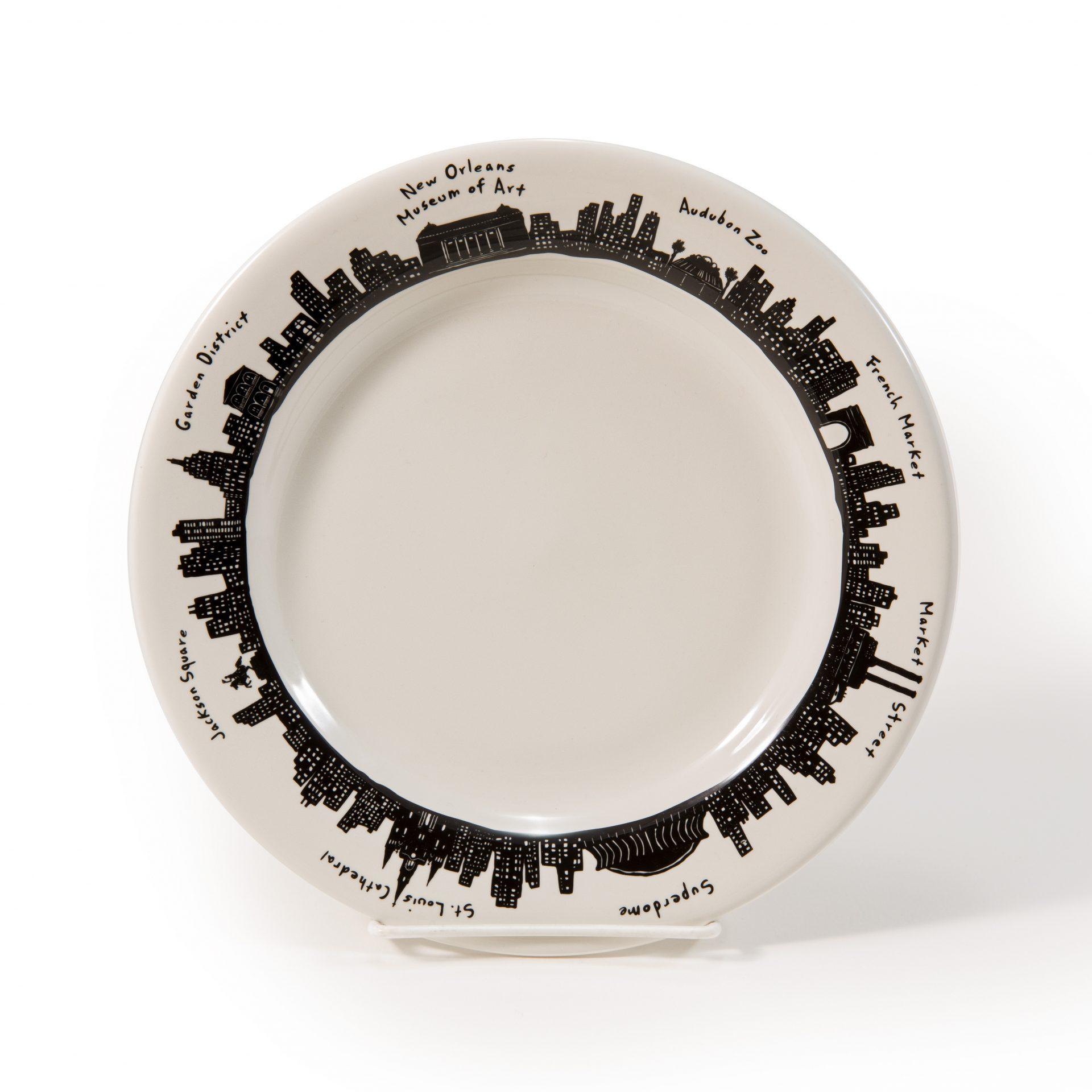 Beautiful  News Orleans Souvenir Plate