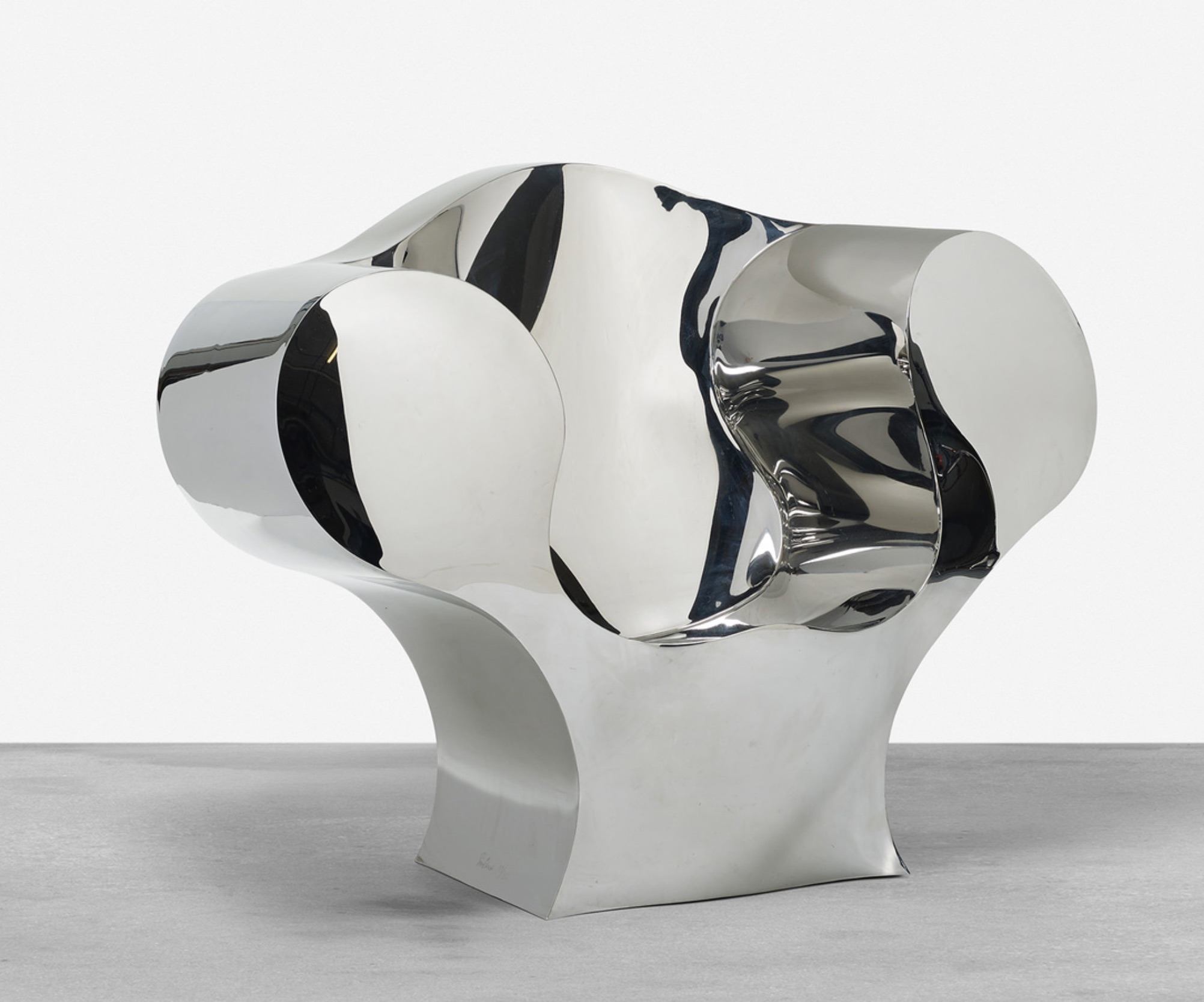 Astonishing Israeli Designer Ron Arads Big Easy Chair Represents Bralicious Painted Fabric Chair Ideas Braliciousco